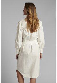 Nümph - NUSUMMER DRESS - Korte jurk - bright white - 1