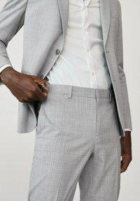 Mango - Suit trousers - gris moyen - 3