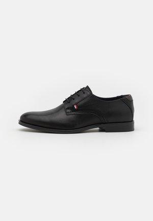 CASUAL LACES SHOE - Zapatos de vestir - black