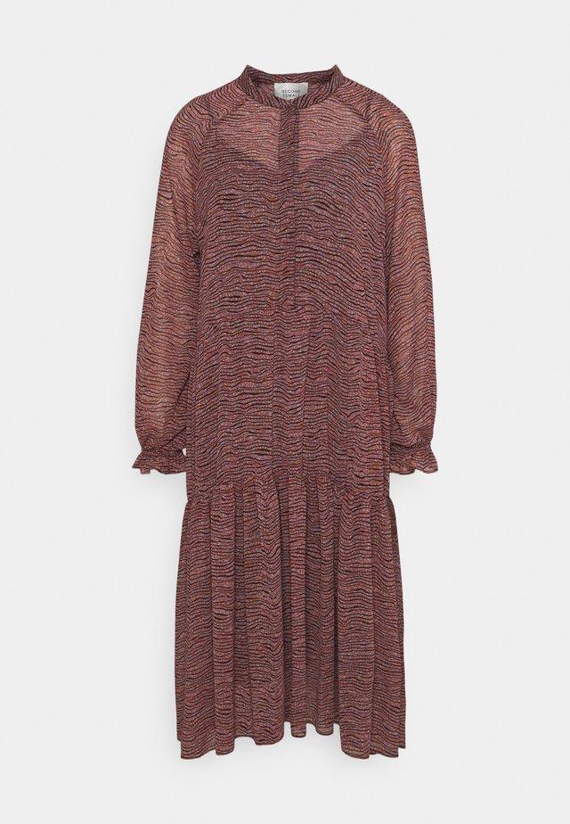VENEZIA MIDI DRESS - Korte jurk - roan rouge