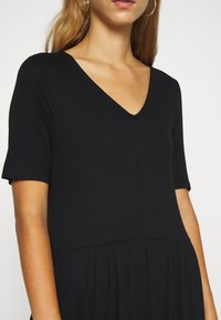 Vero Moda - VMMITSI V-NECK ANCLE DRESS - Maxi dress - black - 5