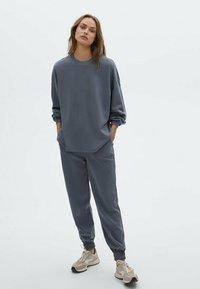 Massimo Dutti - Sweatshirt - dark blue - 1