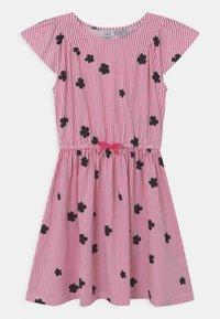OVS - STRIPES - Žerzejové šaty - fandango pink - 0