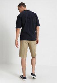 Dickies - MULTI POCKET WORK  - Shorts - khaki - 2