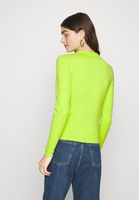 Who What Wear - COLLARED CARDIGAN - Cardigan - acid lime - 2
