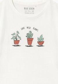 Blue Seven - TEEN GIRL LOVE WILD PLANTS - Print T-shirt - off-white - 2
