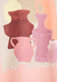 Monki - CISSI TEE  - T-shirts - pink - 2