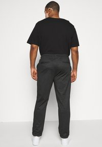 INDICODE JEANS - EBERLEIN WITH ROLL UP CHECK - Trousers - cayman grey - 2