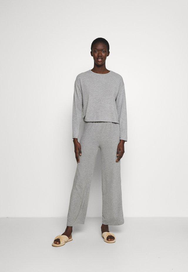 Pyjamas - gray