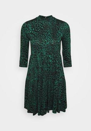 ANIMAL PRINT SMOCK DRESS - Kjole - green