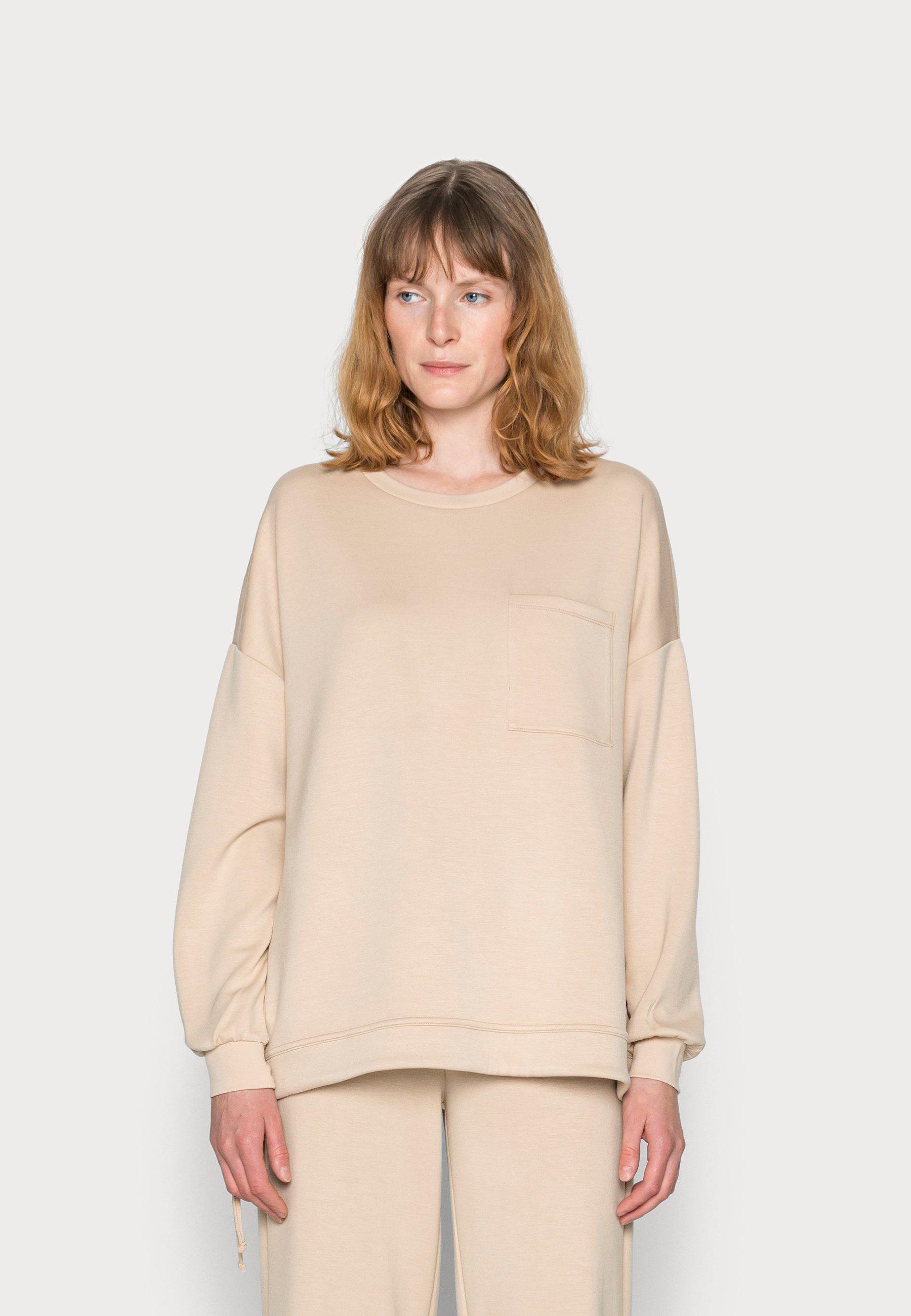 Women SC-BANU 32 - Long sleeved top