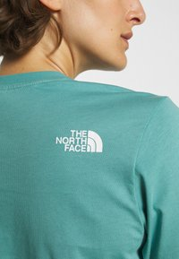 The North Face - SUMMER BOYFRIEND TEE - Print T-shirt - bristol blue - 4