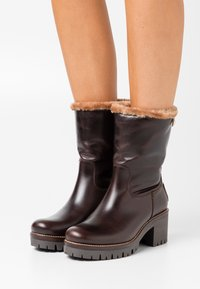 Panama Jack - PIOLA BROOKLYN - Classic ankle boots - marron/brown - 0