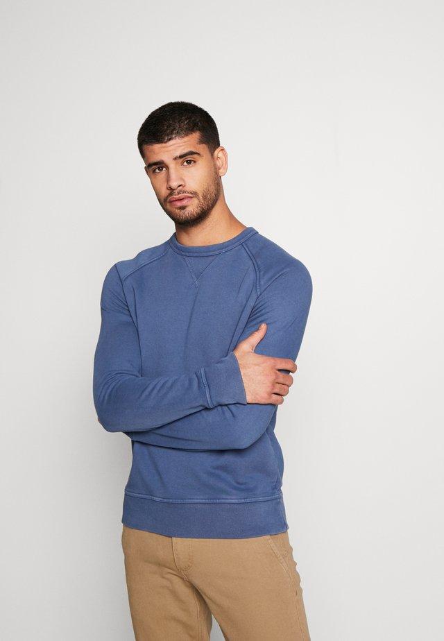 TERRY DYE CREW - Sweatshirt - blue shadow