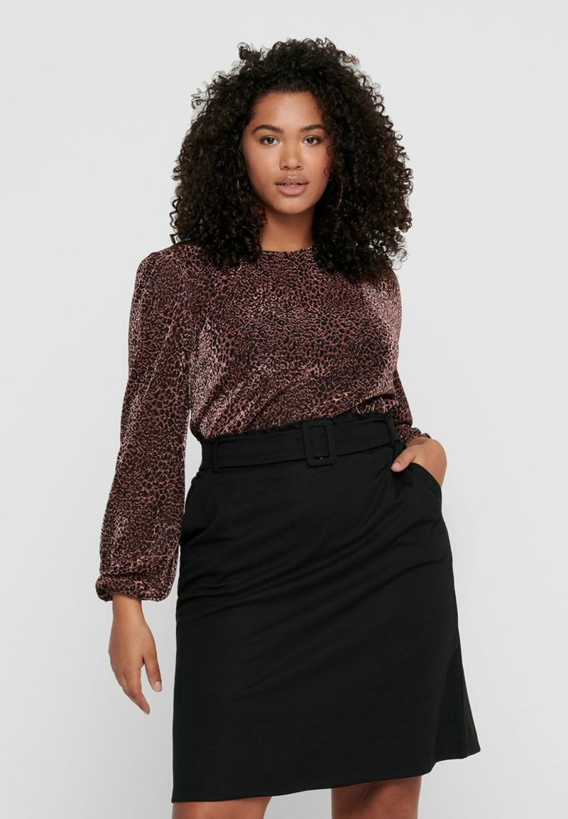 ONLY Carmakoma - Long sleeved top - black
