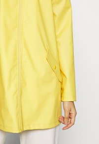 JDY - JDYKENDRA RAINCOAT - Parka - misted yellow - 5