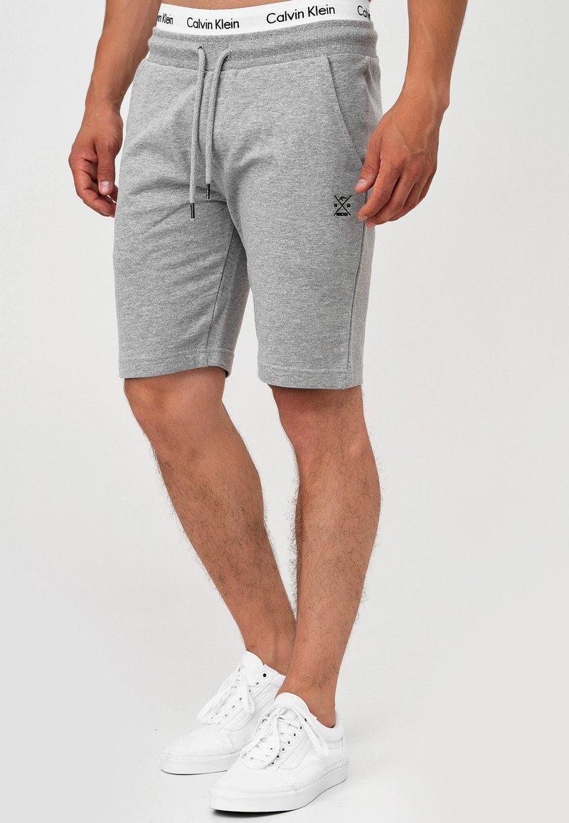 INDICODE JEANS - ECKERD - Shorts - grey mix