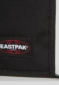 Eastpak - CULLEN CORE  - Across body bag - black - 5