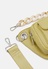 HVISK - BRILLAY SOFT - Handbag - lime green - 3