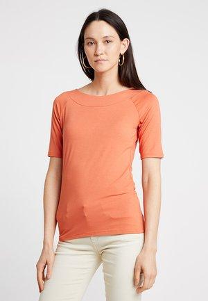 Basic T-shirt - smooth orange