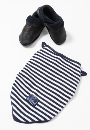 KLASSIK SET - First shoes - enzianblau