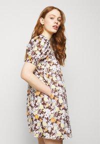 Tory Burch - SMOCKED MINI DRESS - Day dress - lucky meadow - 3
