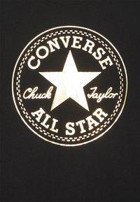 Converse - FOIL CHUCK PATCH TEE UNISEX - Camiseta estampada - black - 2