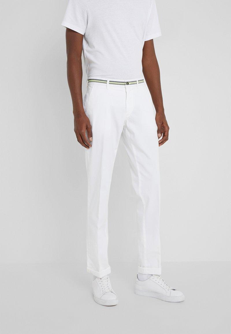 Mason's - TORINO ELEGANCE - Chino kalhoty - white