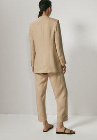 Massimo Dutti - Blazer - beige - 2