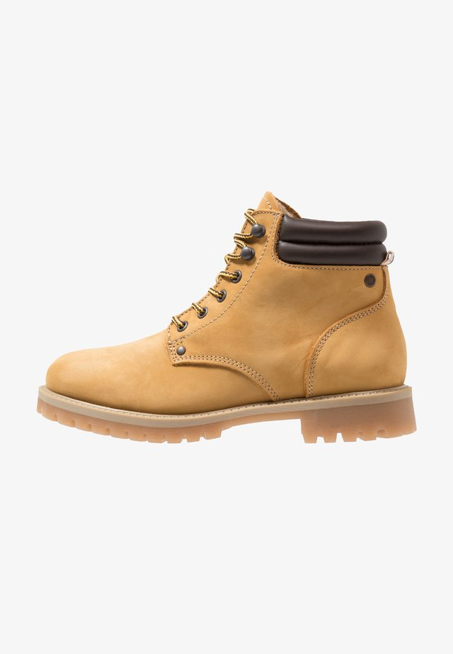 JFWSTOKE WARM - Lace-up ankle boots - honey