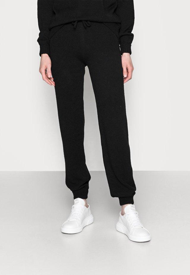 BLACKLOUNGE TROUSER - Pantalon classique - black