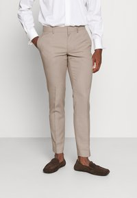 Isaac Dewhirst - THE FASHION SUIT SET - Completo - beige - 4