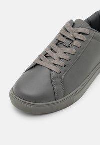 Burton Menswear London - DALE - Sneakers laag - grey - 5