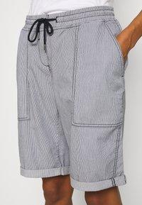 Opus - MELVITA  - Shorts - forever blue - 4