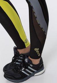 Skins - DNAMIC - Leggings - black/limoncello - 5