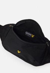 Lyle & Scott - LYLE CROSS BODY BAG UNISEX - Bum bag - black - 2