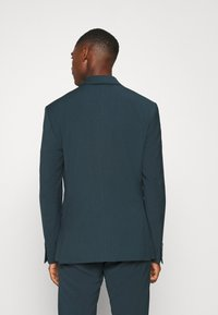 Isaac Dewhirst - PLAIN SUIT - Completo - teal - 3