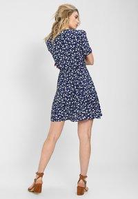 MINKPINK - SHADY DAYS TEA DRESS - Day dress - blau - 2