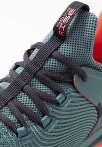 Under Armour - HOVR RISE  - Sports shoes - lichen blue - 5