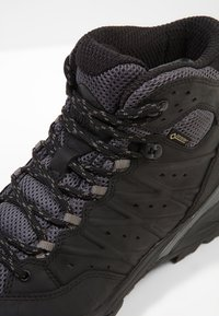 The North Face - HIKE II GTX  - Hiking shoes - black/graphite - 5
