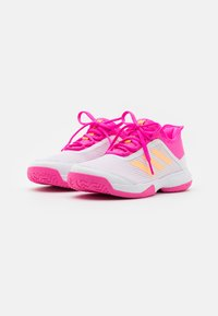 adidas Performance - ADIZERO CLUB UNISEX - Tenisové boty na všechny povrchy - footwear white/acid orange/screaming pink - 1