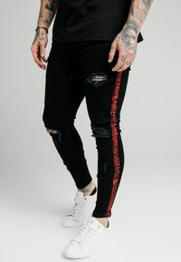SIKSILK - SKINNY FIT PAINT STRIPE WITH DISTRESSING - Jeans Skinny Fit - washed black/red - 0