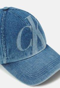 Calvin Klein Jeans - UNISEX - Czapka z daszkiem - blue denim - 3