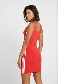 adidas Originals - TANK DRESS - Sukienka etui - lush red/white - 2