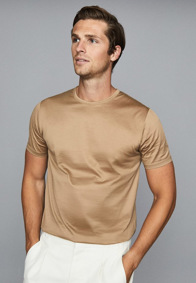 BEDFORD - Basic T-shirt - taupe