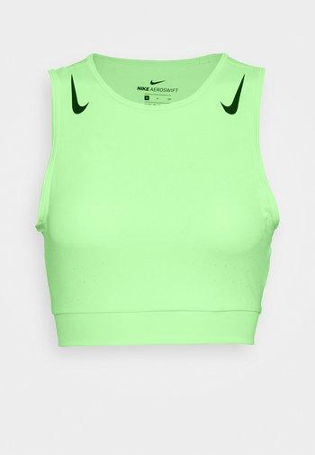 AEROSWIFT CROP - T-shirt de sport - vapor green/black