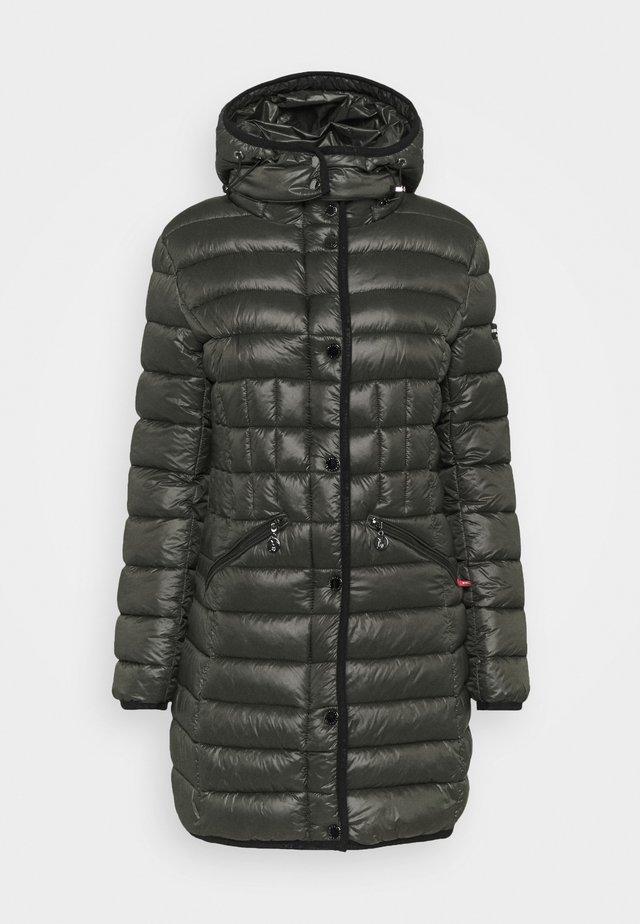 Winter coat - black olive