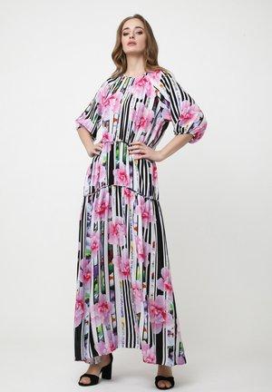 GRETELE - Maxi dress - weiß rosa