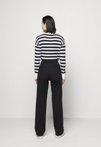 Lauren Ralph Lauren - MODERN PONTE - Trousers - polo black - 2