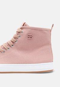 Esprit - SIMONA  - Sneakers hoog - old pink - 7